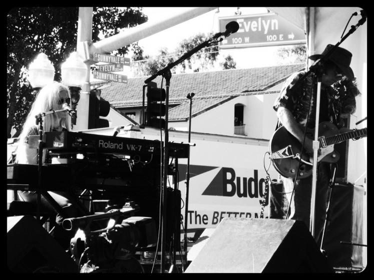 Moonalice at Sunnyvale Art & Wine Festival: Blue Moonalice + CWM