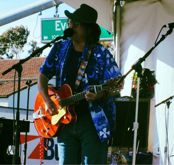 Moonalice at Sunnyvale Art & Wine Festival: CWMs (plural)