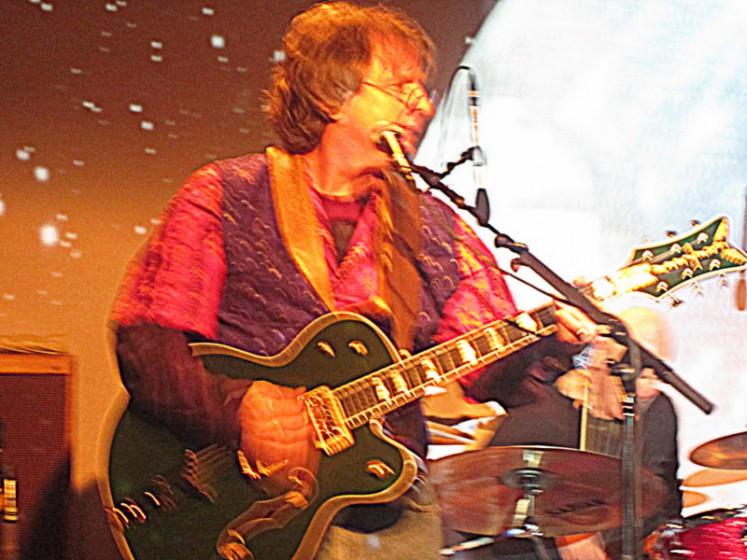 Green Guitars: Sweetwater 12.30.12