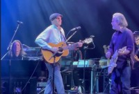 Full Moonalice's Jason Crosby is out on tour with Jackson Browne!
